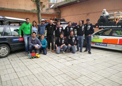 Wir trafen ein anderes Rallye-Team beim selben Waisenhaus